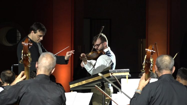 Un'Estate da Re: Gennaro Cardaropoli con l'orchestra del Teatro San Carlo diretta da Jordi Bernàcer